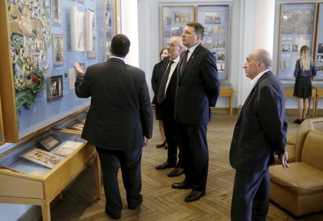 Президент Латвии в гостях у еврейской общины