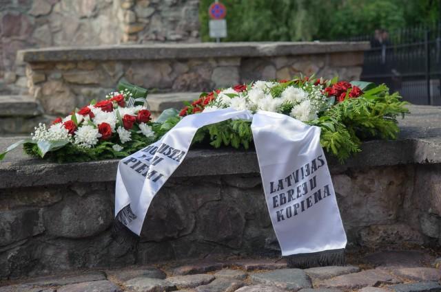 Latvijā atzīmēta Ebreju tautas genocīda upuru piemiņas diena