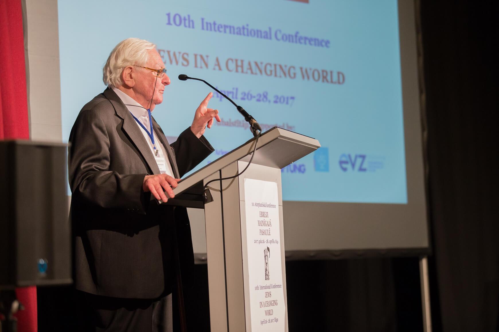 Thumbnail for: Фото: В Риге прошла конференция «Евреи в меняющемся мире»